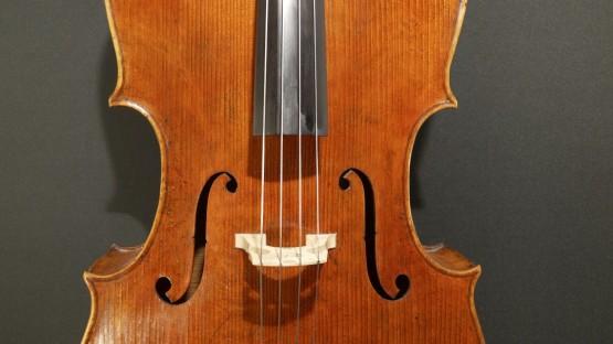 Cello mit neuer Decke